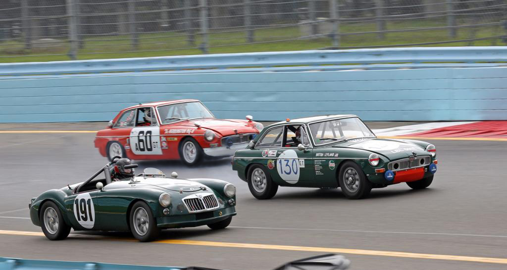 LBL MGB GT races again
